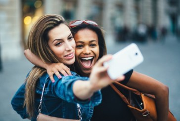 The Average Person Will Take 25,000 Selfies in Their Lifetime